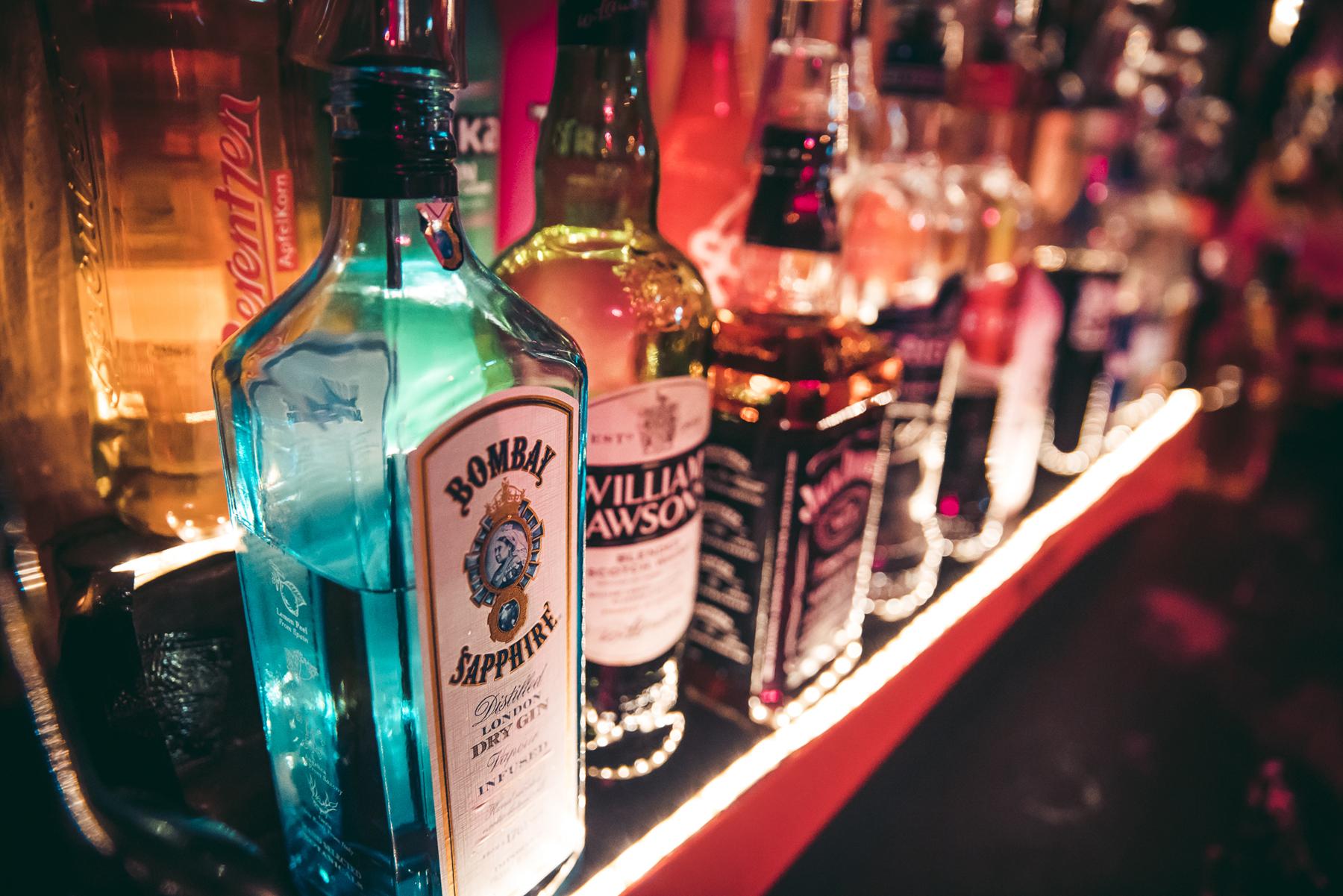 Gin, whiskey cocktails bij Café Van Buren